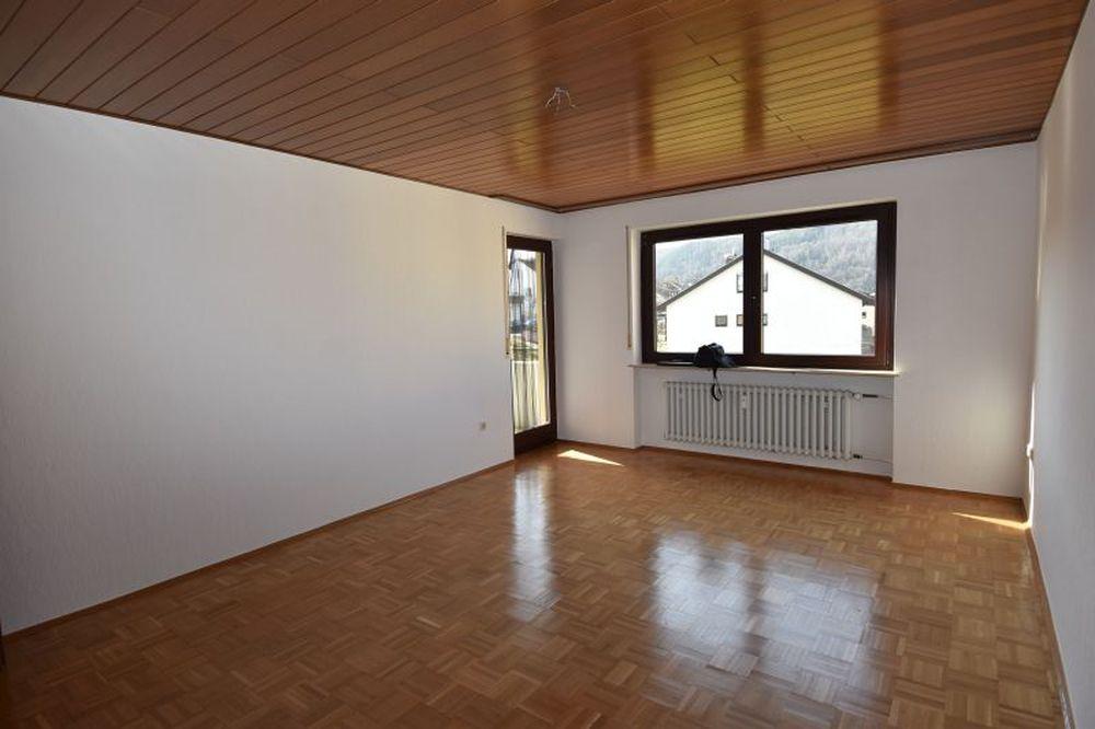 Großzügige 2-Zimmer-Wohnung in Amorbach (Lkr. Miltenberg)